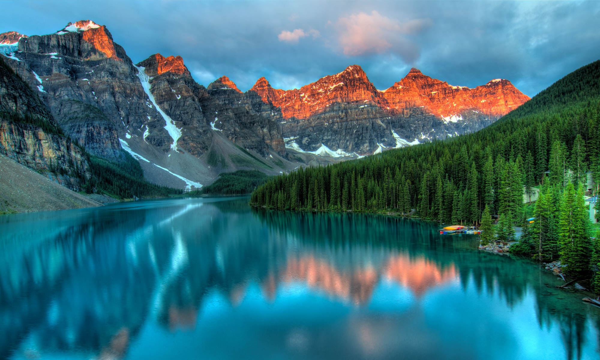 Canadian mountain range in Alberta with sun kissed peaks